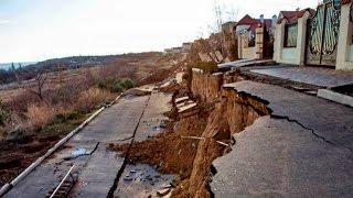 Курортный сезон на Одесщине под вопросом: оползни уничтожили 30 га и коттеджи