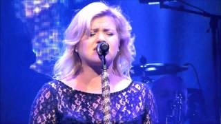 Kelly Clarkson - I Never Loved A Man (The Way I Love You) ( 9-13-13 Tampa, FL Honda Civic Tour )