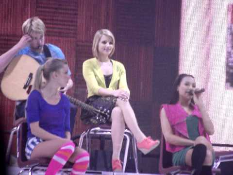 Glee Live, Manchester, 23/06/11 - Heather, Naya, Dianna
