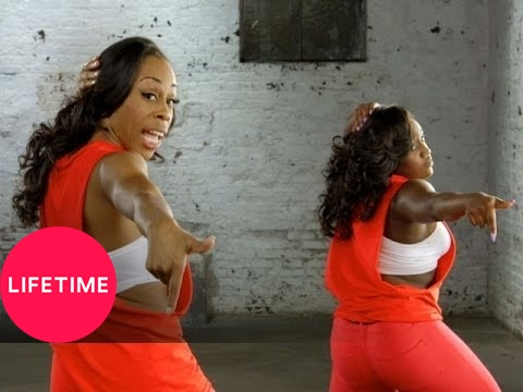 Bring It!: How to Dance Like a Doll: Hand Clap | Lifetime