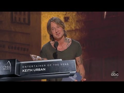 Cole - Keith Urban Wins Entertainer of the Year