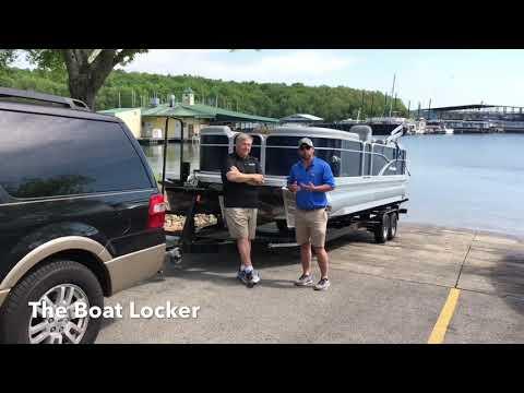 Manitou pontoon boats - Aurora 230 with a Suzuki 250hp motor
