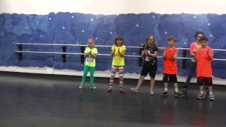 Cha Cha slide Zumba for kids!!! (Zumbatomic)
