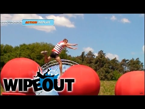 Pretty Boy Smashes the Course| Wipeout