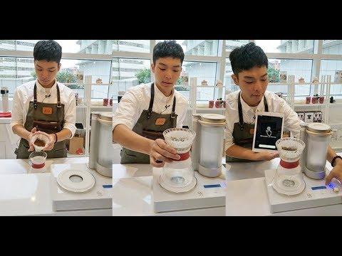 媲美咖啡師手沖美味! 智能手沖咖啡機為你沖煮好咖啡 快來三創「GEESAA咖啡體驗館」