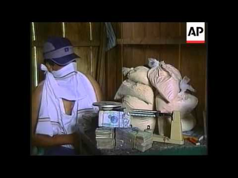 A look at cocaine labs process in Caguan River area - 2001