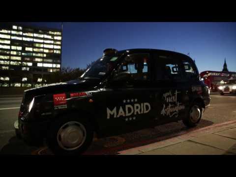 Los taxis de Londres atraen a los británicos hacia Madrid