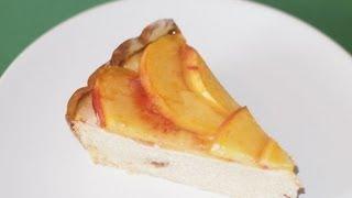 Вегетарианская творожная запеканка с персиками