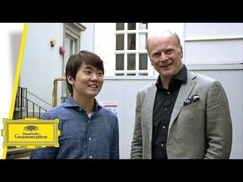Seong-Jin Cho at Abbey Road Studios with Gianandrea Noseda