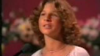 Carola - Brevet från Ellinor + Ellinor dansar