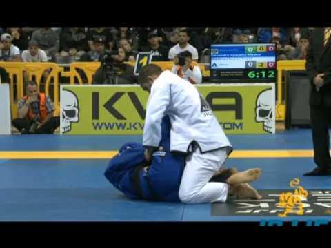 Worlds IBJJF 2015 - Dimitrius Souza (Alliance) vs. Xande Ribeiro (Ribeiro JJ)