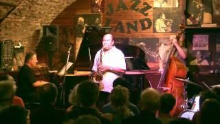 Benny Golson plays Whisper Not