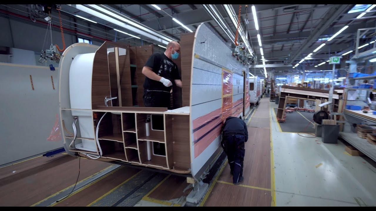 Beste Wohnwagen Fabriken der Welt: Knaus Tabbert Werksführung 2021. So werden Wohnwagen gebaut.