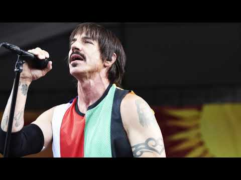 "every time anthony kiedis from RHCP says ""california"""