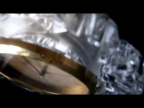 FOR SALE: Beautiful VINTAGE LINDEN Glass Quartz Desk Clock Made In Japan (for Repair)