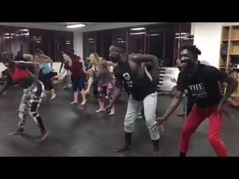 Kukuwa African Dance class in Kenya with Coach Cass