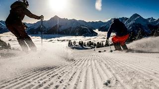 Как бюджетно покататься на горных лыжах в Австрии(Экономика постепенно оправляется после кризиса, евро дешевеет. На европейских горнолыжных курортах ждут..., 2017-02-09T09:44:25.000Z)