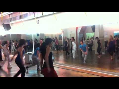 Zena saheli Aerobic dance PALAIS ROYAL