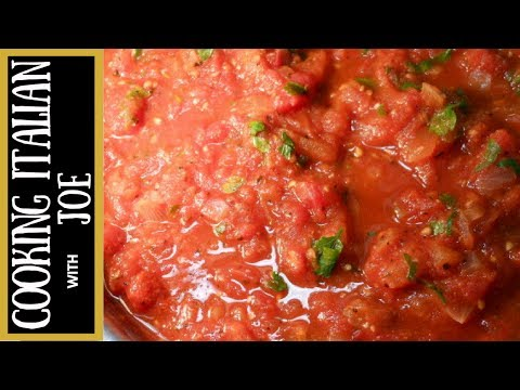 Homemade tomato pasta sauce using canned tomatoes