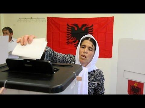 Arnavutluk halkı sandık başında