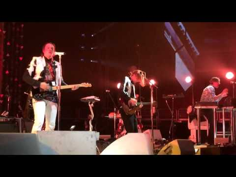 Arcade Fire - Ready to Start live @ Wells Fargo Center in Philadelphia, PA 3-17-14 (Part 1)