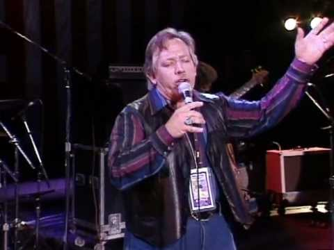 John Conlee - I'm Only in it For the Love (Live at Farm Aid 1994)