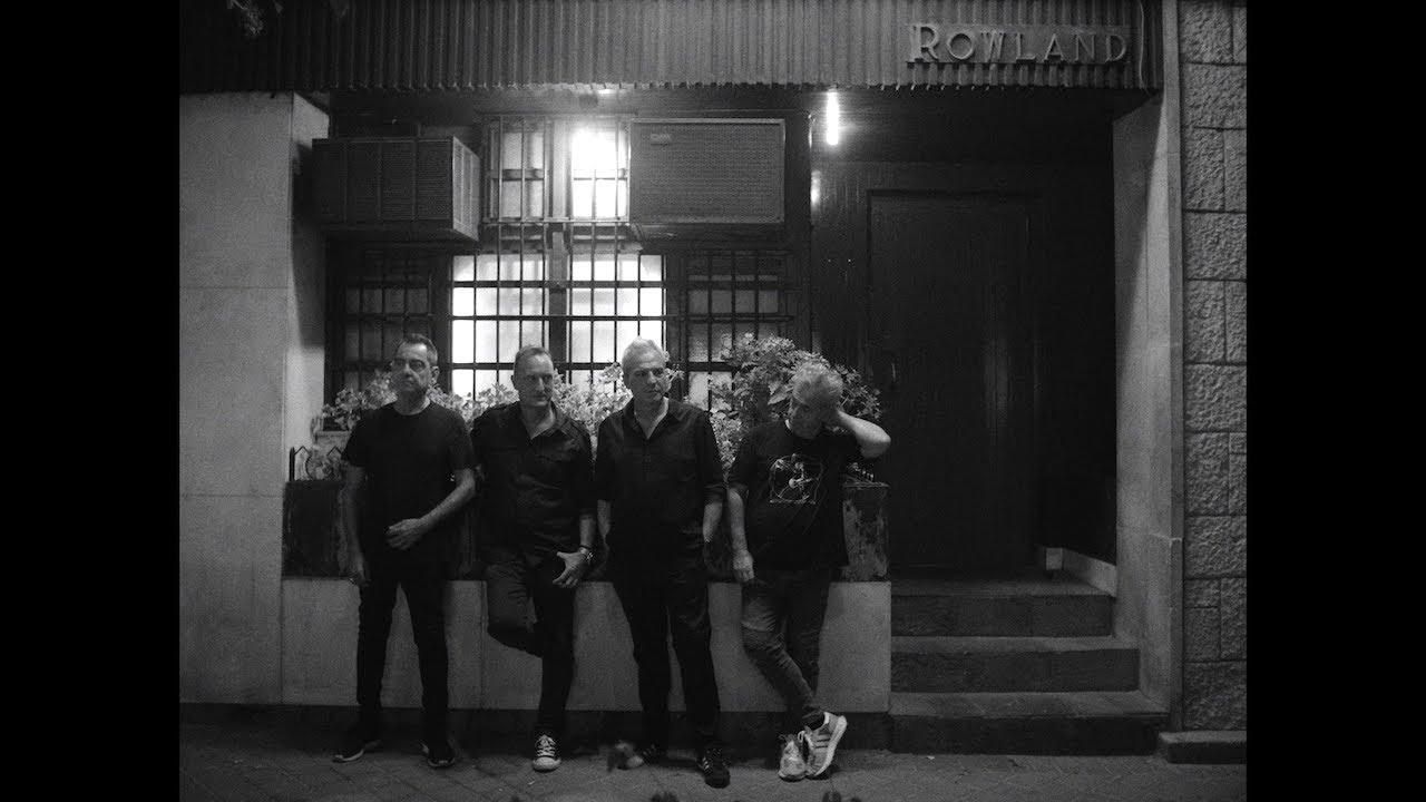 Hombres G - La Esquina de Rowland (Vídeo Oficial)