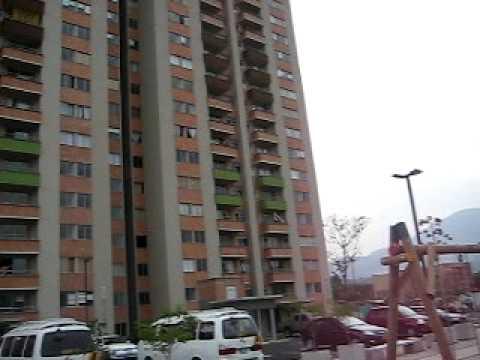 ZONAS COMUNES DE TORRES DE BARCELONA.AVI