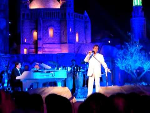 Roberto Carlos Canta E Dança Com Glória Maria
