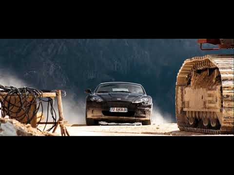 Quantum of Solace - The Car Chase (James Bond Theme)