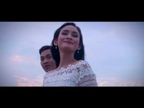 Izzmad  Harun - Bulan Bintang  [OST Pinggan Tak Retak Nasi Tak Dingin]