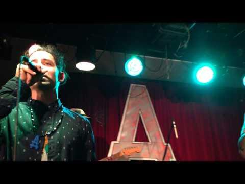 Atomic Spliff and The Rebel Dubz - Run Away (live)