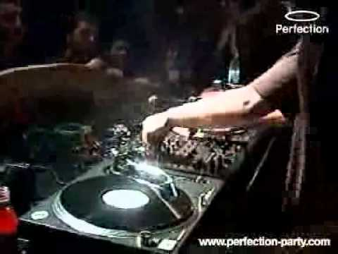 Perfection with Dave Clarke - 04.04.2003..avi