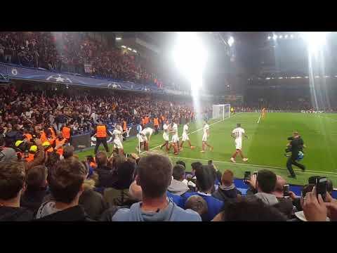 AS Roma players celebrating wonder goal by Edin Dzeko vs. Chelsea at Stamford Bridge in Champions