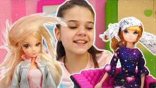 Игры в Куклы. Барби на показе мод - Делаем прически куклам Соня Роуз. Видео про игрушки для девочек