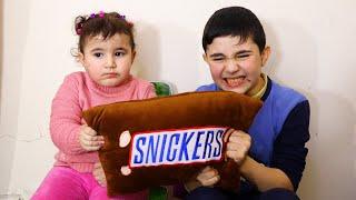 Celina And Hasouna Chocolate challenge  - سيلينا وحسونة تحدي الشوكولاطة