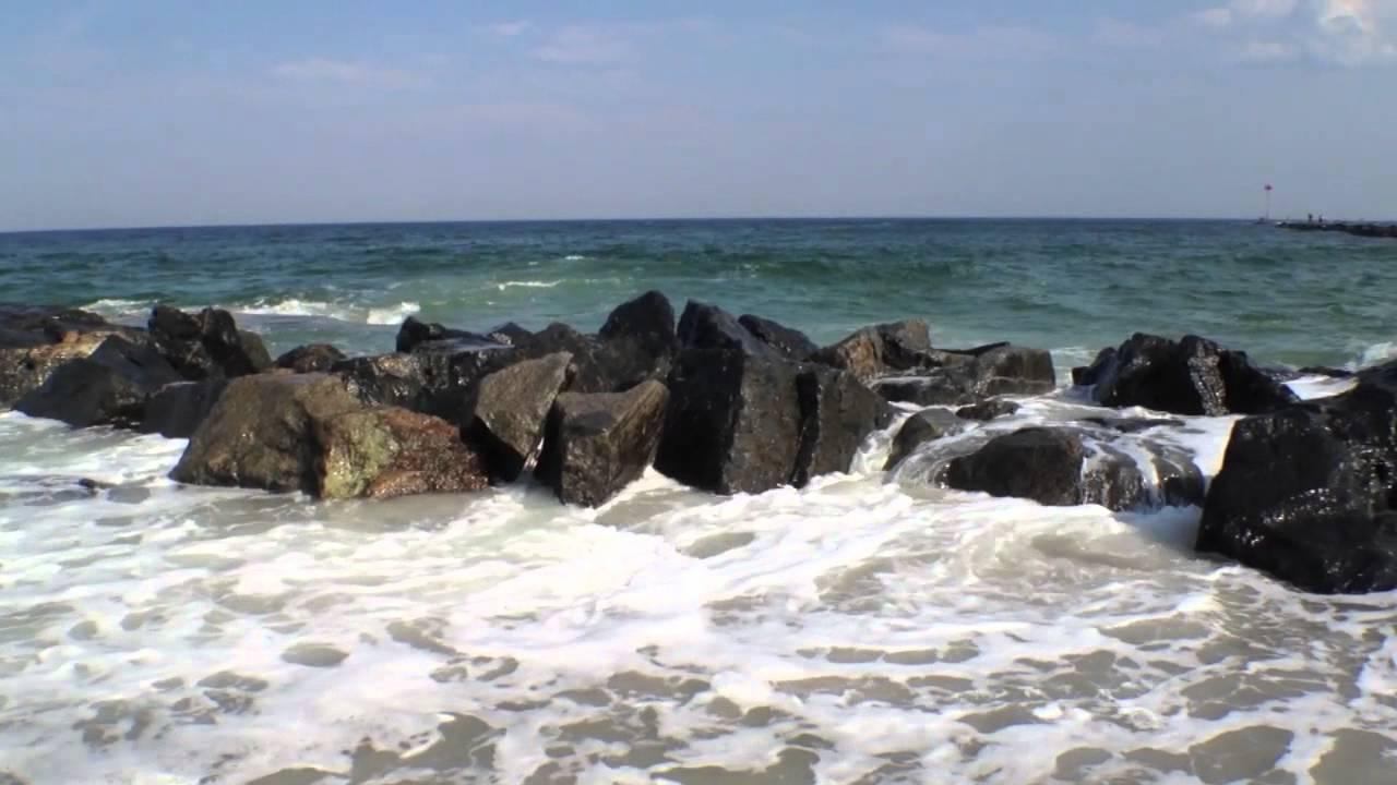 Hampton Beach Waves Crashing Over The Jetty Nh Video