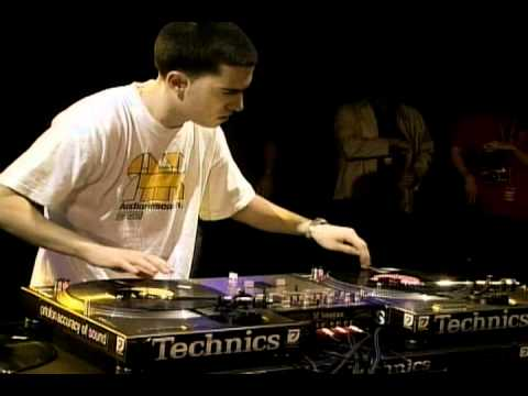 2001 - DJ A-Trak Showcase (DMC World Champion 1997)