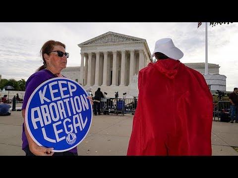 محكمة أمريكية تسمح لتكساس بالعودة لتطبيق الحظر على معظم عمليات الإجهاض…