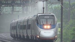 Amtrak In The Rain @ Halethorpe