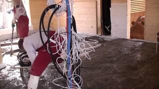 видео Монтаж бетонного пола в деревянном доме