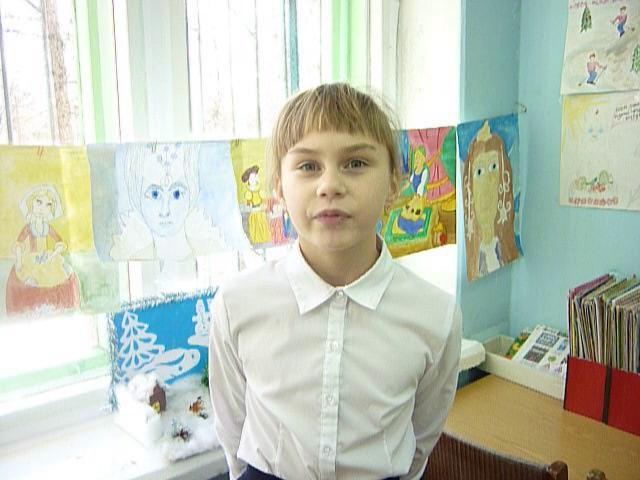 Изображение предпросмотра прочтения – ОксанаНазарова читает произведение «Стрекоза и Муравей» И.А.Крылова