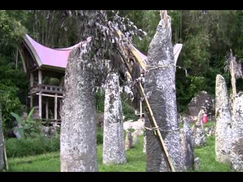 Tana Toraja (Toraja) - Wisata Tana Toraja - Toraja Travel Guide (Tourism) - South Sulawesi Tourism
