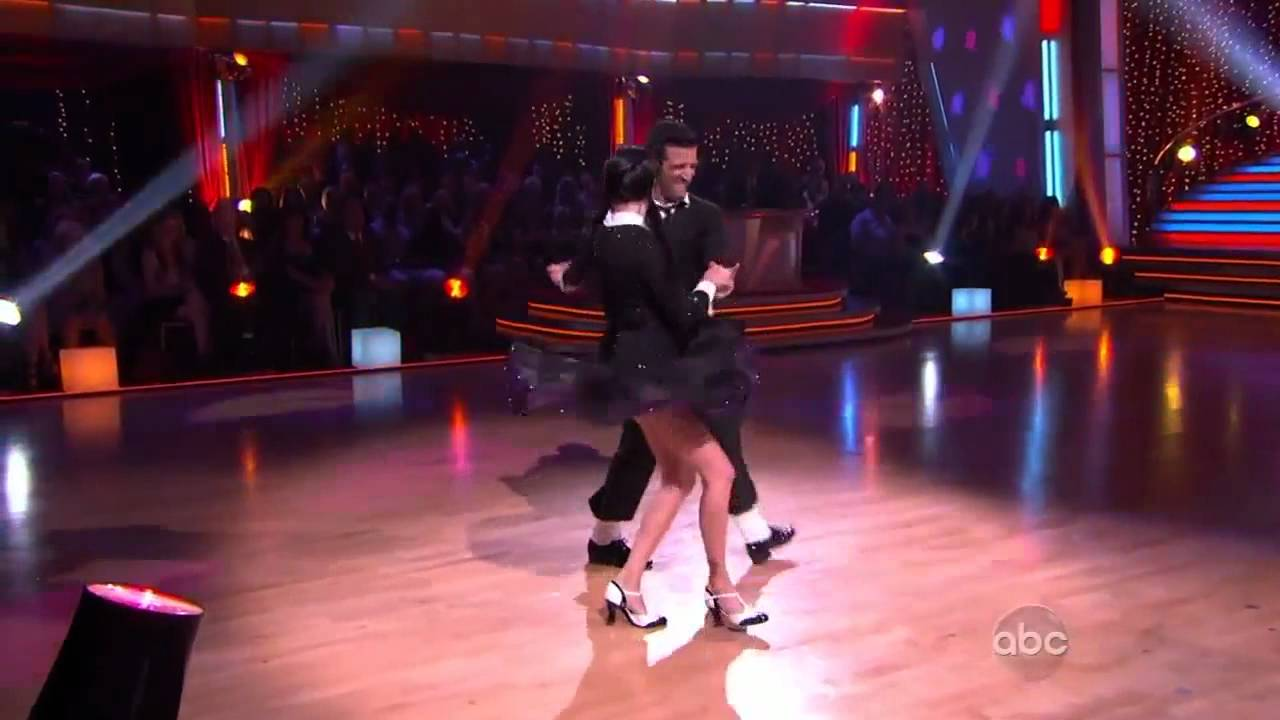 Shannen Doherty dances for the sake of his father 09.03.2010 3