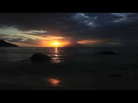 "♬♬ Marconi Union ""Weightless"" Most Relaxing Tune! ツ [HD] [FULL]"