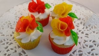 Decorating Cupcakes #125: Fruit Roll Up Flowers