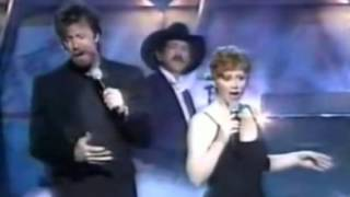 Reba and Brooks & Dunn – If You See Her, If You See Him (Live)