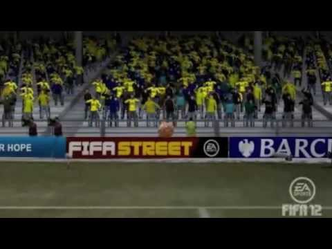 how to make goalkeeper dive in fifa 12 for penalty