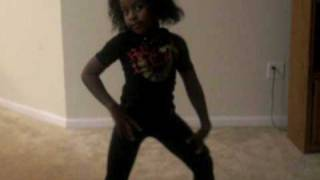 show out by dj unk niyla 7 year old kid dancing