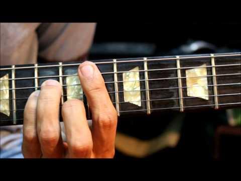 Roberta Flack - Killing Me Softly ( 1973 ) Guitar Chord Cover